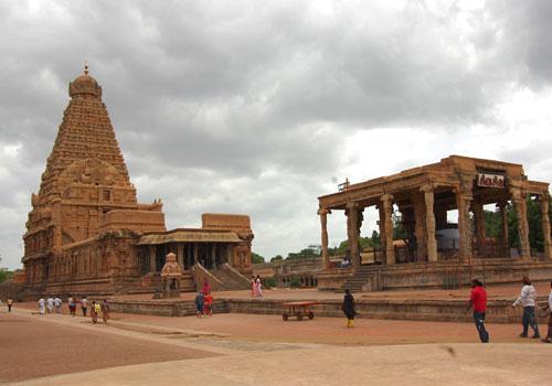 பிரகதீஸ்வரர் கோயில்