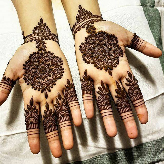 mehndi designs simple for traditional