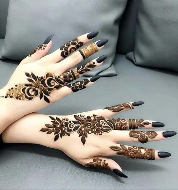Mehndi designs latest for fancy