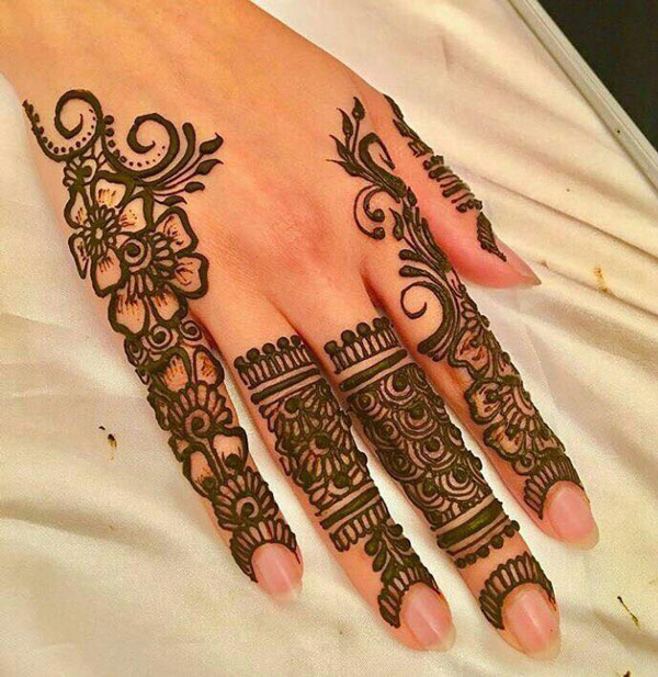 Mehndi designs latest for pakistani