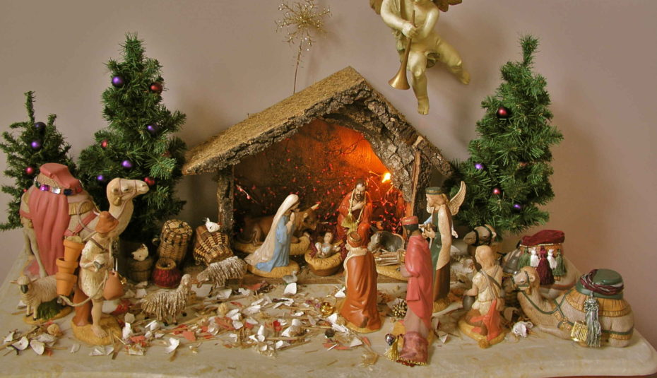 creative christmas crib images